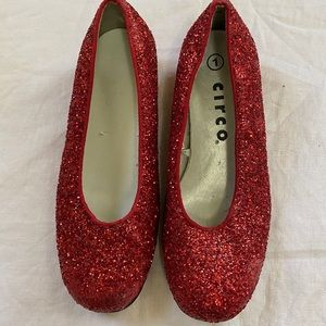 Circo red girls shoes size 1